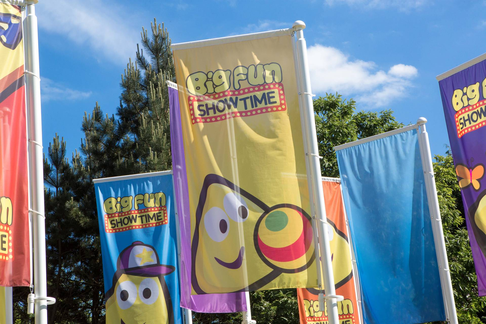 04 Bigfunshowtime Flags 1572880494 195.171.191.66
